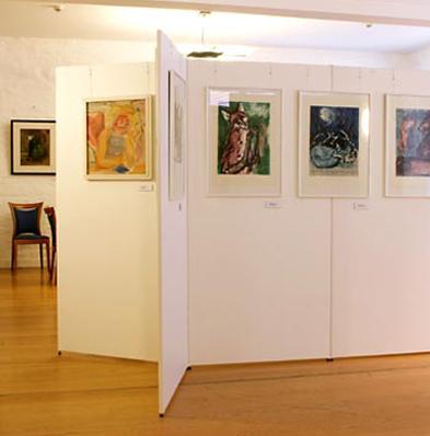 modular exhibition walls